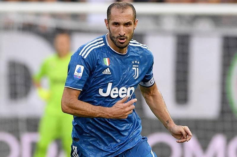 Vieri: Chiellini ni Nguzo ya Juventus